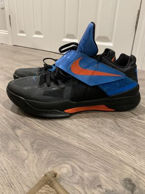 """Nike KD 4 """"AWAY"""" shoes size 11.5 for Sale in Framingham, MA"""