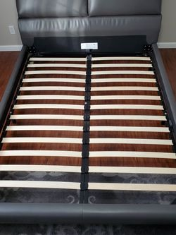 Queen Bed Frame From Dania . for Sale in Everett,  WA
