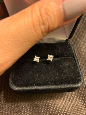 Diamond earrings for Sale in Santa Ana, CA