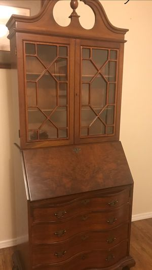 Mohagany antique desk. 1940' for Sale in Glendora, CA