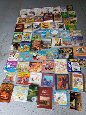 Lot of books for Sale in Federal Way, WA