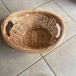 Wicker basket for Sale in Fort Lauderdale,  FL
