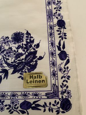 HALBLEINEN LIPPE LEINEN WHITE WITH BLUE DESIGN LINEN TOWEL NEW WITH TAGS for Sale in Wyoming, MI
