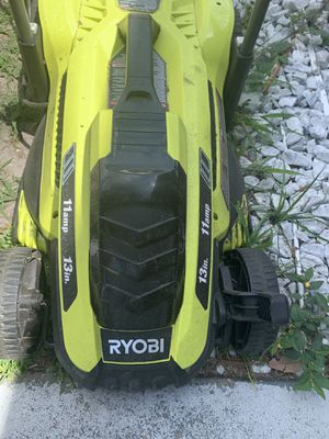 BRAND NEW IN BOX PLUG IN MOWER for Sale in Clearwater, FL