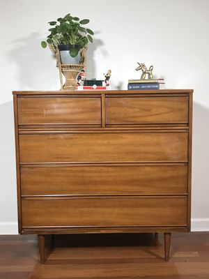 Mid century Modern Highboy Dresser for Sale in Tampa, FL
