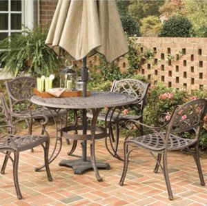 """New!! 48"""" round outdoor 5 pc Dinning Set, patio dining set, outdoor furniture for Sale in Phoenix, AZ"""