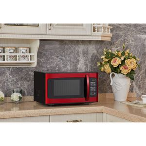 Hamilton Beach Red Microwave for Sale in Irvine, CA
