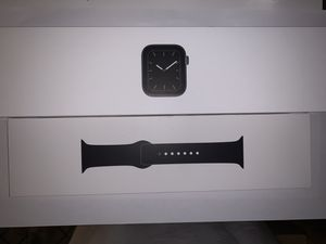 Apple Watch Series 5 for Sale in Brooklyn, NY