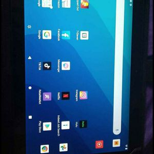 Onn Tablet With Keyboard for Sale in Atwater, CA