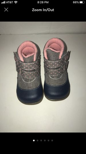 See Kai run basics baby girl boots for Sale in Gresham, OR