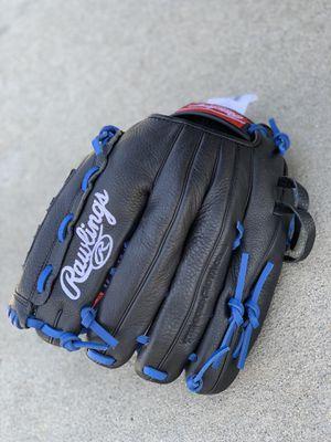"Rawlings 12.5"" Baseball/ Softball Glove, Right Hand Throw for Sale in Sacramento, CA"