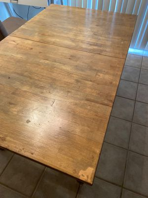 Dining room table! Must go! for Sale in Costa Mesa, CA