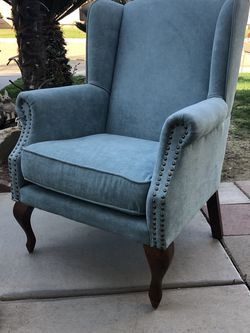 Brand New Wing Back Studded Chair, Retails For Over $500 for Sale in Fowler,  CA