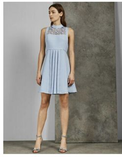Ted Baker Abequa Lace Tunic Dress $315 Size 3 for Sale in Crofton,  MD
