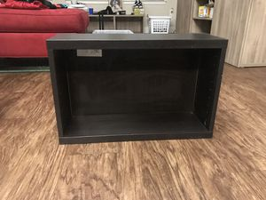 Small end table shelf for Sale in Kissimmee, FL