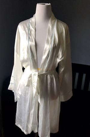 Bridal Robe for Sale in Sully Station, VA