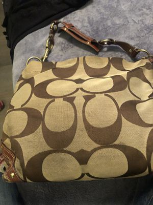 Coach COACH - 10620 Authentic large Jaquard Carly Signature Shoulder Bag for Sale in Whittier, CA