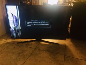50in Samsung Smart Flat screen TV screen error, not physically cracked for Sale in Clearwater, FL