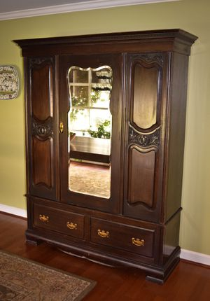 Antique armoire with mirror for Sale in Greenville, SC