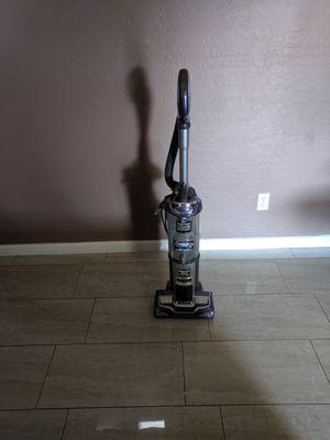 Shark vacuum for Sale in El Mirage, AZ