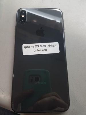 IPhone X s max 64gb, unlocked for Sale in Glendora, CA