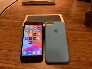 iphone 7 128 gb for Sale in Portland, OR