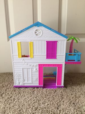 Shopkins Happy Places Rainbow Beach House for Sale in Bellevue, WA