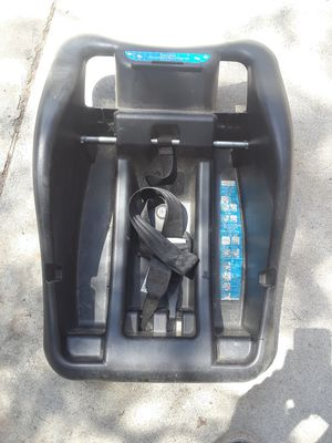 Safety 1st onboard 35lt car seat base for Sale in San Jacinto, CA