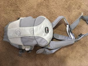 Chicco Baby Carrier for Sale in Coon Rapids, MN