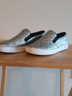 BASICALLY NEW, MK SLIP ON SHOES, Size 6.5, WORN ONCE for Sale in Fort Myers,  FL