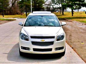 steering wheel _2O11_ Chevrolet Malibu V6 for Sale in Queens, NY