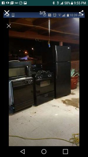 Like new condition all whirlpool appliances for Sale in North Las Vegas, NV