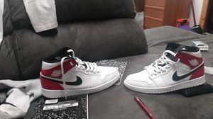Jordan air 1 mids size 10.5 for Sale in Lacey, WA