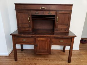 Antique desk for Sale in Washington, DC