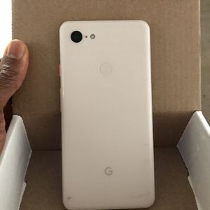 Google pixel 3XL unlocked for any carrier $260 nothing wrong with it for Sale in Sacramento, CA