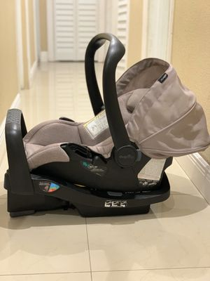 Car Seat Evenflo - The SafeMax Infant Car Seat for Sale in Miami Gardens, FL