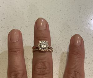 14kt Rose Gold wedding set. Engagement and wedding band. for Sale in Chino Hills,  CA
