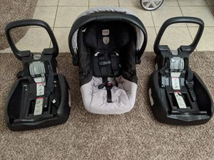 Britax Car Seat and two bases for Sale in Gilbert, AZ