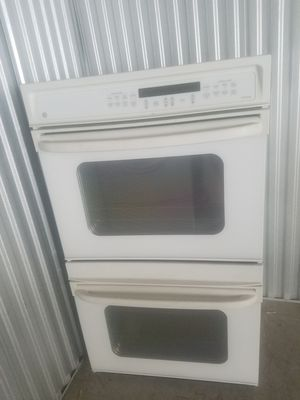 Double oven ge white for Sale in Fort Washington, MD