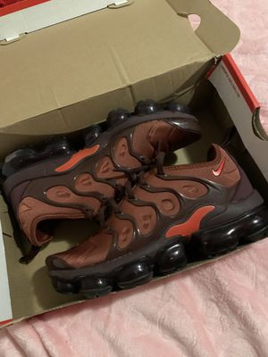 Women VaporMax for Sale in Los Angeles, CA