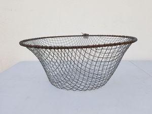 Handmade round wire basket for Sale in Las Vegas, NV