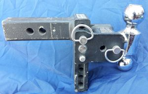 """QuickDraw DROP DOWN Trailer HITCH w/2 Balls 2"""" & 2-5/16"""" for Sale in St. Petersburg, FL"""