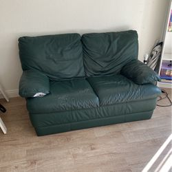 Couch Light Weight for Sale in Costa Mesa,  CA