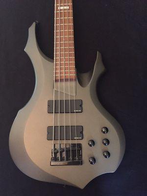ESP Ltd 5-String Bass Guitar w/case for Sale in Fort Myers, FL