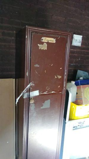 Old metal locker for Sale in Mount Carroll, IL