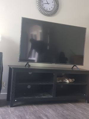 Samsung 55 inch tv with the tv stand 350 with free delivery have to go today only used 6 months for Sale in Montclair, CA