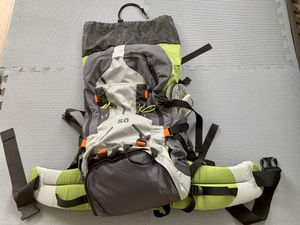 50 liter hiking backpack for Sale in Los Angeles, CA