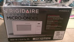 Frigidaire Microwave for Sale in Kissimmee, FL