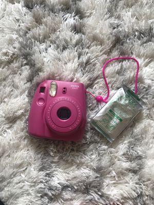 Instax mini 8, perfect condition and includes instant film for Sale in Auburn, WA