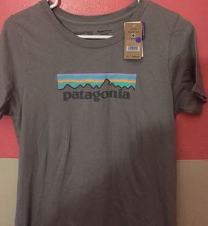 PATAGONIA WOMEN'S TEE SHIRT BRAND NEW!! Size S for Sale in Saint Charles, MO
